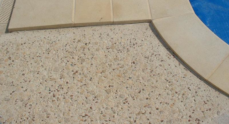 faire bouchardage du beton